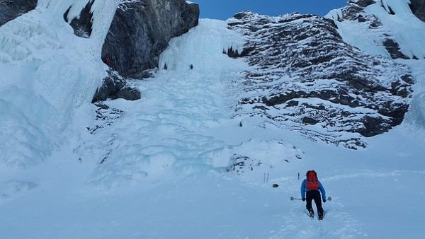 Ice climbing 1199925 340